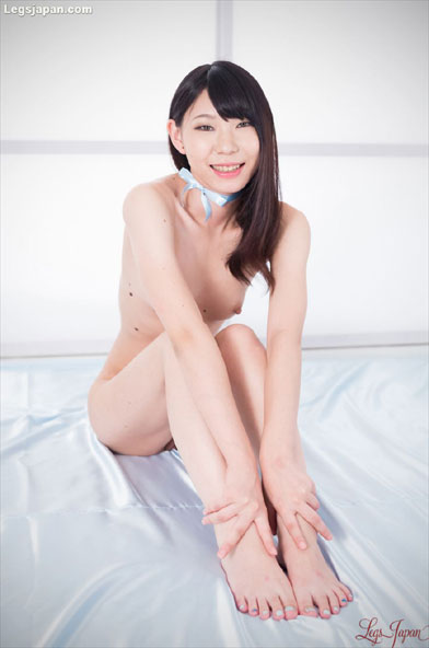 Delightful Young Naked Asian Cutie Posing